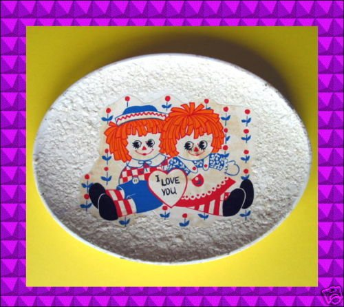 VINTAGE Raggedy Ann Andy DECOUPAGE Soap DISH Old Shabby Plaster Clay Popcorn FAB