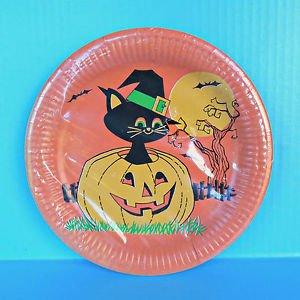 Vintage Halloween Party Paper Plates Black Cat Pilgrim Hat Jack O� Lantern Moon