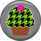 Green and Black Houndstooth Cupcake, 1 Inch Punk Princess Button Badge Pin - 0366