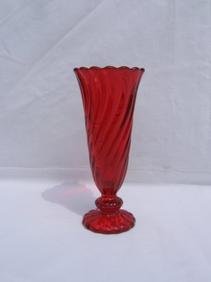 Fostoria Colony Red Vase 6 1/4""