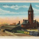 Milwaukee Wisconsin Postcard, Chicago & North Western Railway Depot c.1930