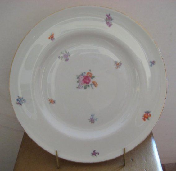 "Pickard FLORAL CHINTZ Pattern 3004 SALAD PLATE 8 1/4""in"