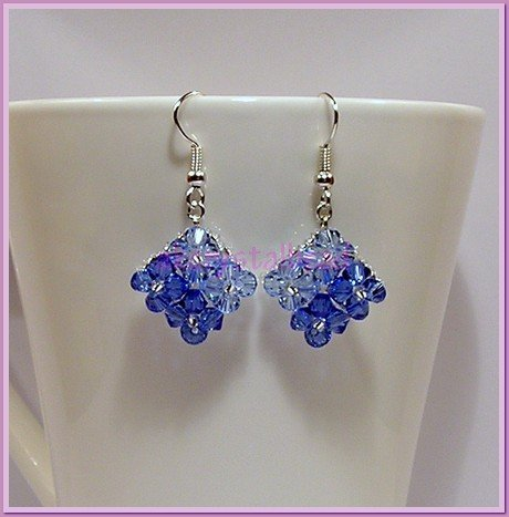 *Free Shipping* Sapphire Swarovski crystal Earrings