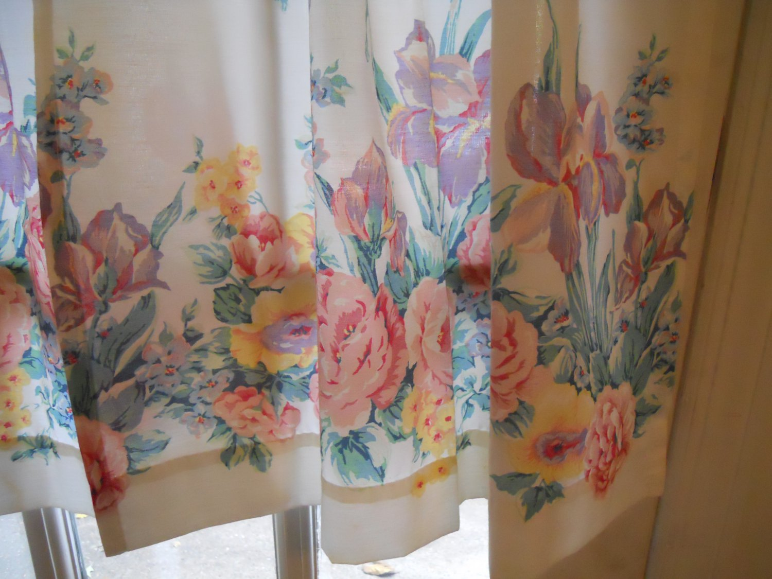 """floral pattern white curtains drapes 36"""" long 25"""" wide"""