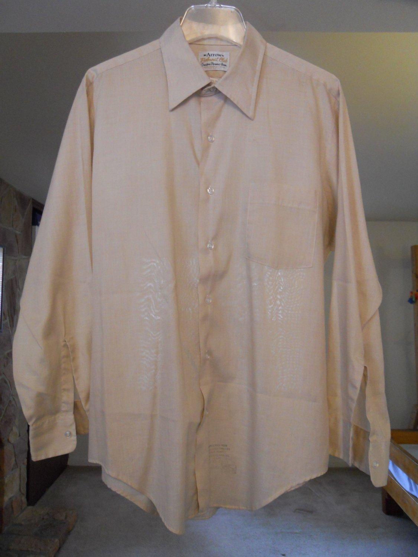 Arrow Belmont Club men's dress shirt size 16 1/2 33 large long sleeve beige tan peach