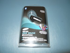 Samsung WEP460 Over-The-ear Bluetooth Headset w/ Clear Sound Technology Black