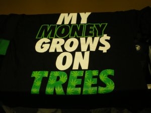 My Money Grows On Trees T-shirt Blk/Grn New!