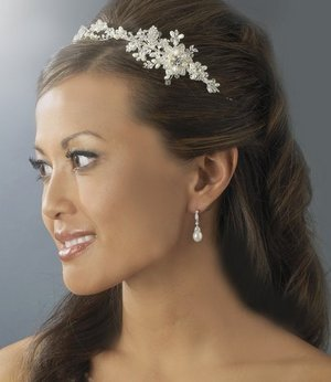 Elegant Freshwater Pearl and Crystal Headband Side Accent