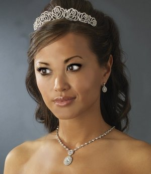 NEW! Fabulous Channel Rose Bridal Wedding Tiara!