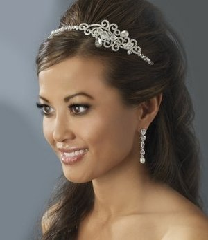New! Fabulous Wedding Pearl and Crystal Bridal Tiara Side Accent!
