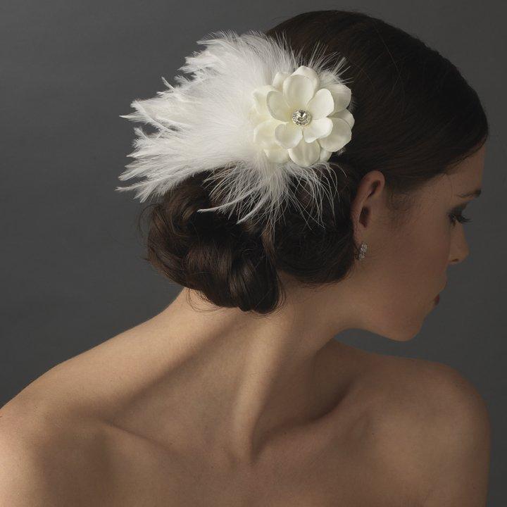 NEW White Bridal Flower Feather Wedding Fascinator!