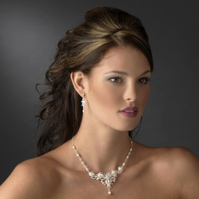 Couture crystal and pearl wedding necklace and earring - Piercing salamanca ...