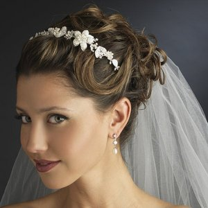 Vintage Look Pearl Floral Side Accent Bridal Wedding Headband