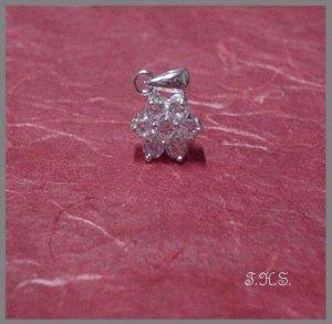 Silver 925 Star Flower With Swarovski Mini Stones Pendant