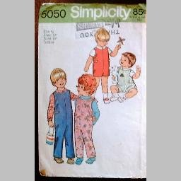 VINTAGE SEWING PATTERN~Toddlers' shirt & jumpsuit~size 1/2~Simplicity #5050 (1972)