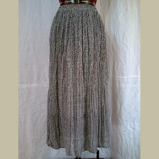 Navy SKIRT with Tiny Floral Design~Long Flowing Full & Cute!~size S-M~Hippie Chic
