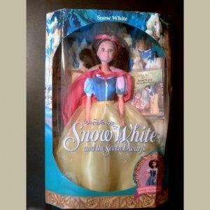 Disney~SNOW WHITE~Princess~with Little Little Golden Book~Mattel 1992~MINT DOLL