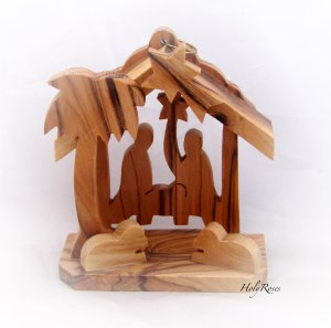 Mini Olive Wood Nativity Scene with Christmas Tree (e)