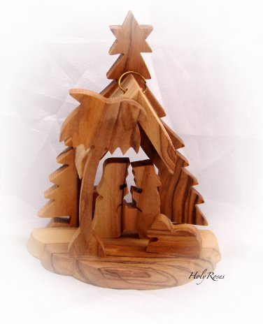 Mini Olive Wood Nativity Scene with Christmas Tree (C)