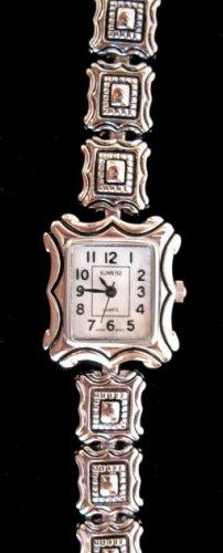 Womens Silver Tone Bracelet Wristwatch watch BEAUTIFUL