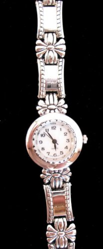 Silver tone Bracelet Wristwatch watch