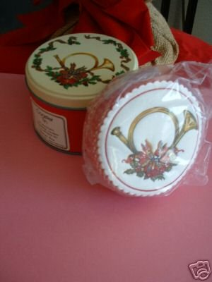 COASTERS(35) IN HOLIDAY TIN, ABSORBENT & REUSEABLE *NEW