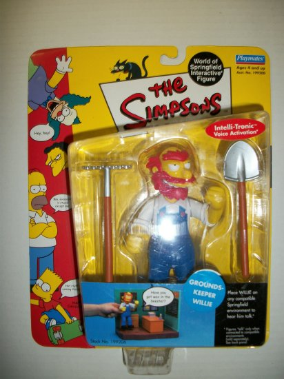 SIMPSONS INTERACTIVE GROUNDS-KEEPER WILLIE Action Figure