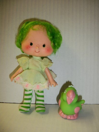 STRAWBERRY SHORTCAKE VINTAGE LIME CHIFFON Doll