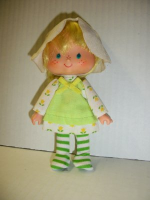 STRAWBERRY SHORTCAKE VINTAGE MINT TULIP Doll