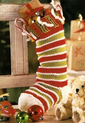 W435 Knit PATTERN ONLY Knit So-Simple Christmas Stocking Pattern