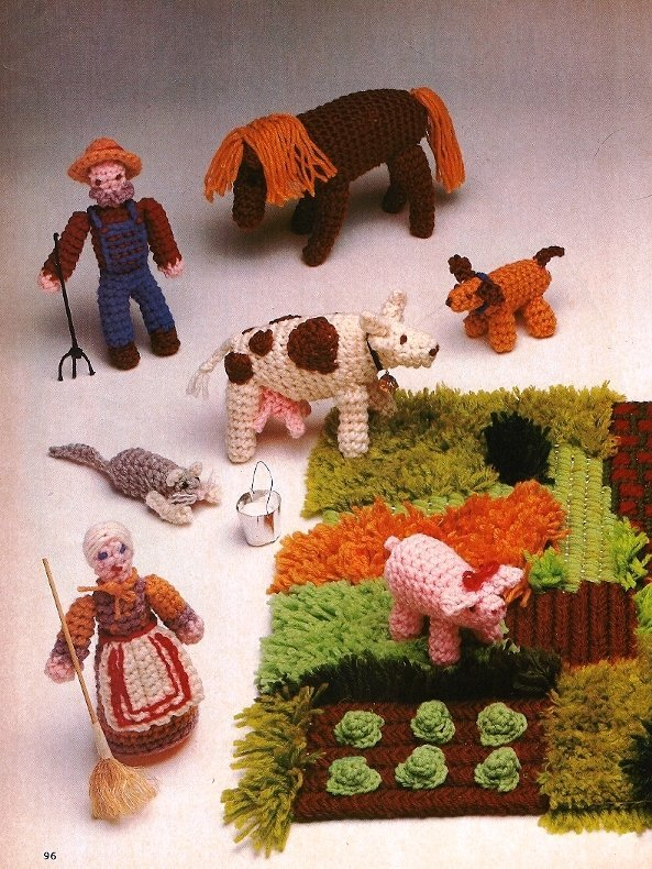 Y047 Crochet PATTERN ONLY Farm Yard Scene Animals Farmers House Yard Vegetables