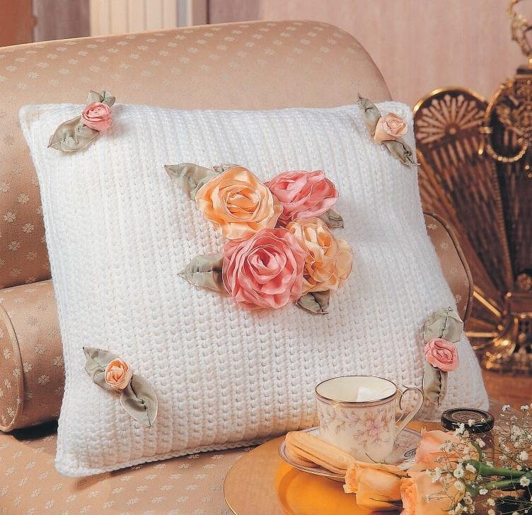 W195 Crochet PATTERN ONLY Gathered Ribbon Rose Pillow Pattern