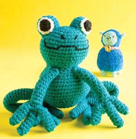 W389 Crochet PATTERN ONLY Amigurumi Frog and Lamb Doll Toy Patterns