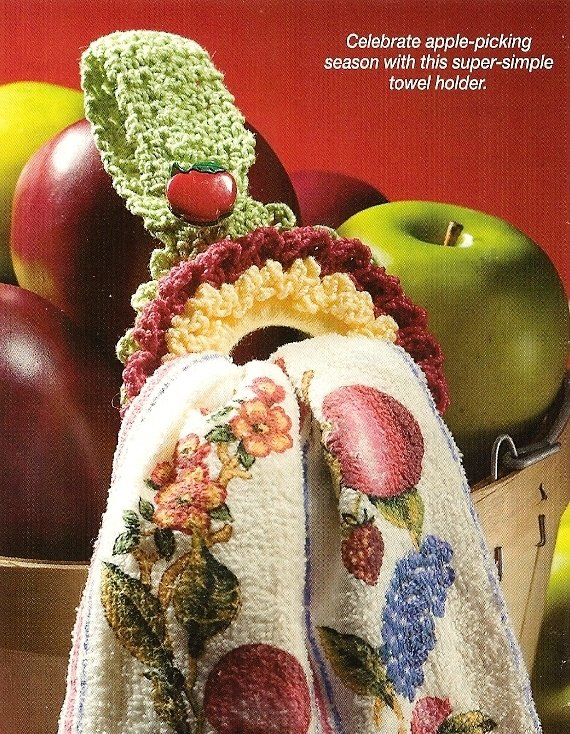Y184 Crochet PATTERN ONLY Easy-as-Pie Towel Holder