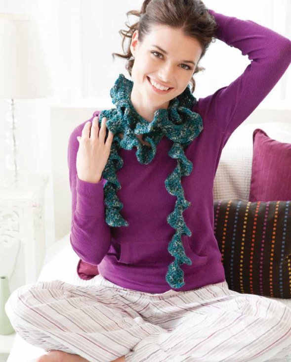 Y303 Crochet PATTERN ONLY Easy Twirly Scarf Frilly Pattern