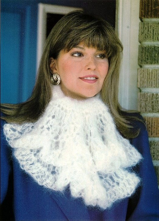 Y883 Crochet PATTERN ONLY Angelspun Ascot & Filet Snowflower Scarf Patterns