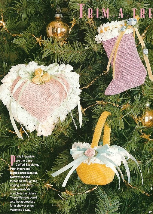 X926 Crochet PATTERN ONLY Christmas Ornament Heart Stocking Basket Flat Gift Tag