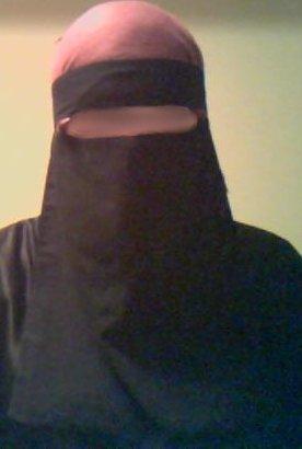 One-piece Saudi niqab