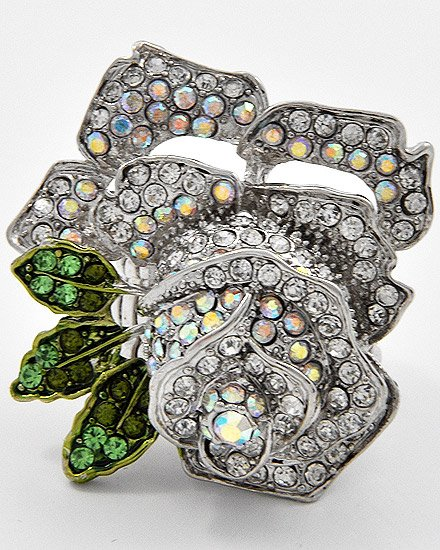 Rhodiumized / Clear swarovski crystals / Flower / Stretch Ring