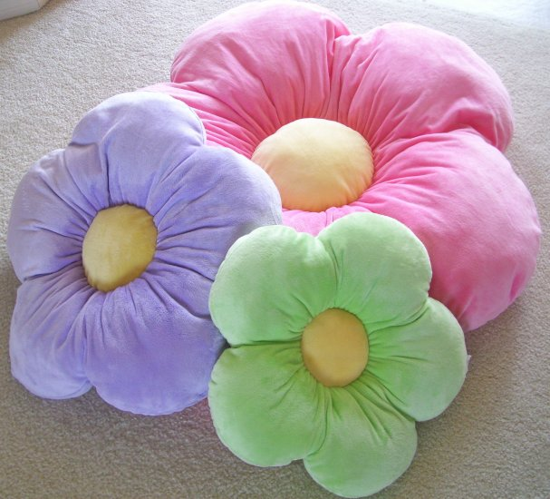 Daisy Flower Pillow - Kids/Girls Room - Purple - Large -