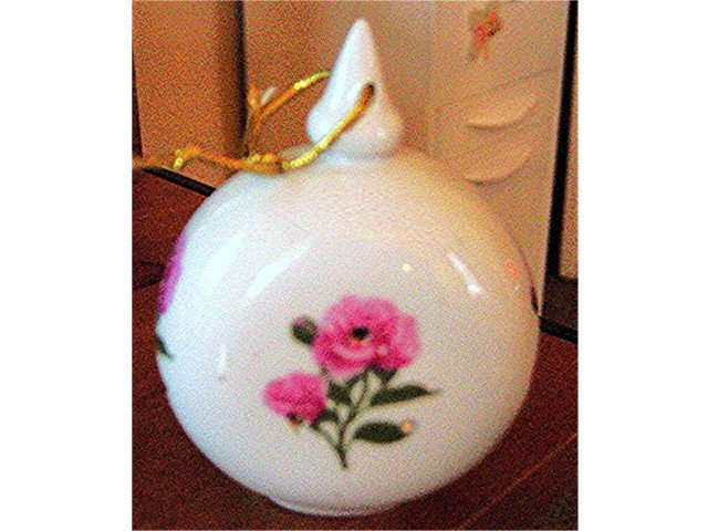 Round White Porcelain Pink Flowers Closet Fragrance Holder   #300618