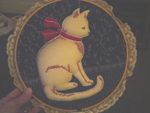 Hand Crafted Round Hoop Padded Cat Wall Decor  #300629