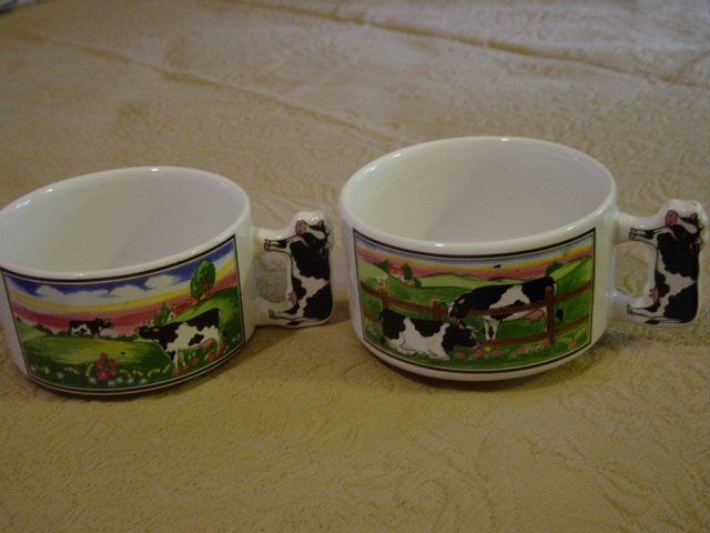 Set of Two Artmark Soup Cups Mugs with Cow Theme   #300948