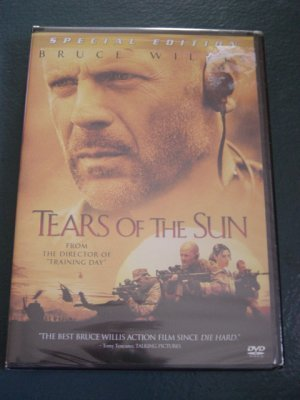 Bruce Willis in Special Edition Tears of the Sun DVD  #301200