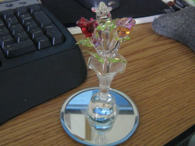 Hand Blown Bouquet of Roses in Vase Glass Figurine #301487
