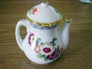 Beautiful Little White Porcelain Floral Teapot #301615
