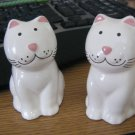 White Porcelain Smiling Cats Salt & Pepper Shakers #301663