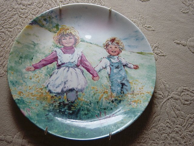 Playtime Mary Vickers Wedgwood Queen's Ware Collector Plate Second Issue #8-193H England  #301664