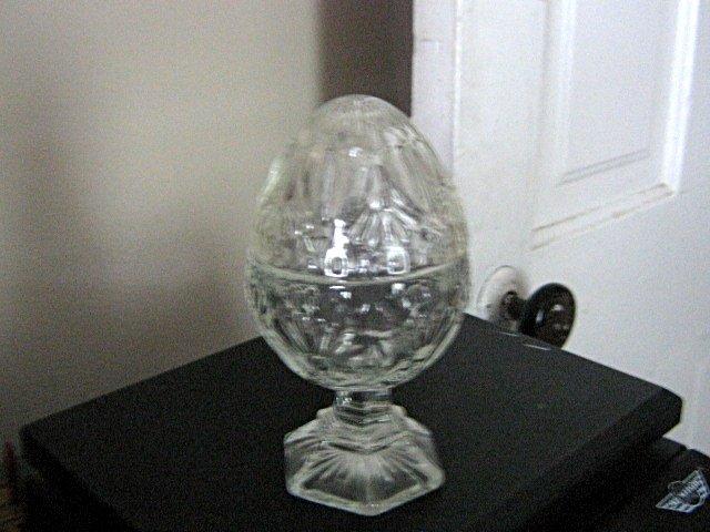 Vintage Diamond Pattern Glass Domed Egg Shaped Jewelry Trinket Box #301910