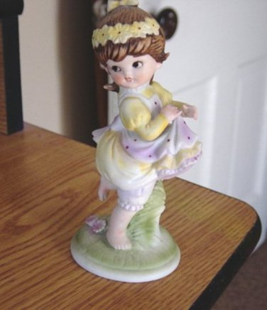 Lefton China KW8005 Hand Painted Little Girl Dancing Figurine  #301171